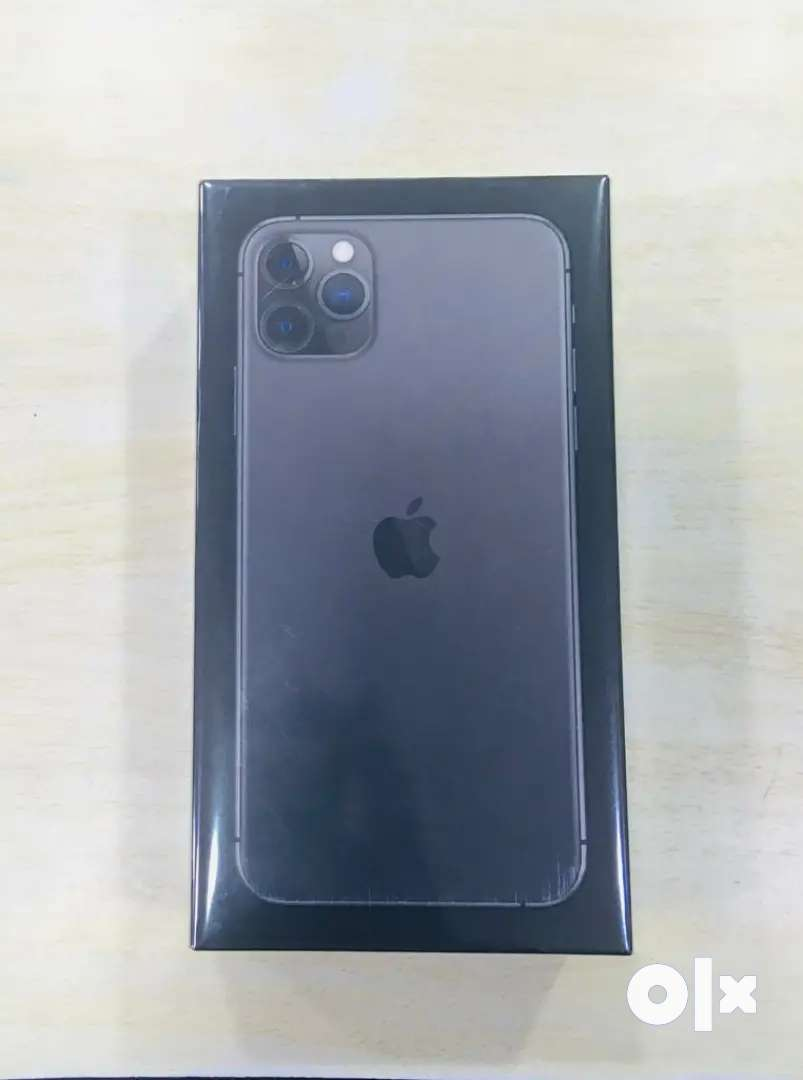 iPhone 11pro max 512gb  product at best rate 0