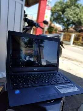Laptop acer slim siap pakai