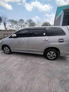 Toyota Inova Luxury 2015