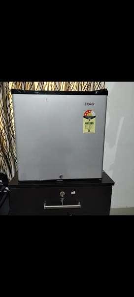 Haeir mini fridge