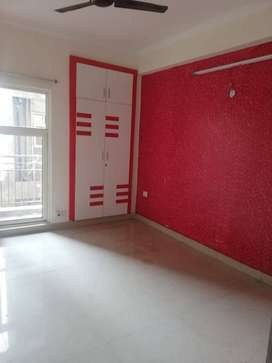 ONE ROOM SET FOR RENT AT SECTOR 75 NOIDA