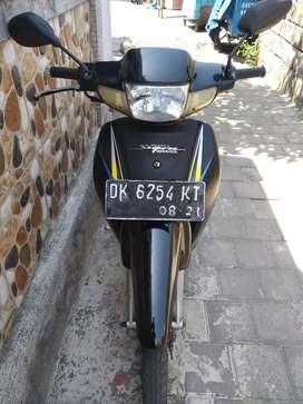 jual Supra standar 100 cc 2001 hitam manis