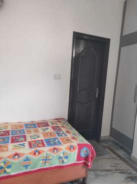 1 bhk rentindirapuram