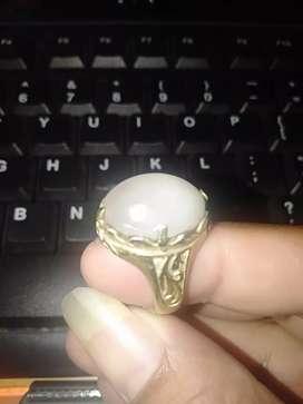 Cincin batu akik kecubung es putih