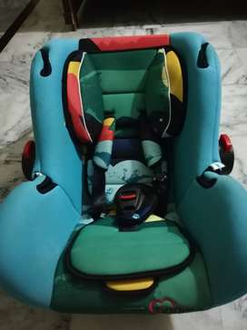 Carry Cot + Car Seat 2 in 1