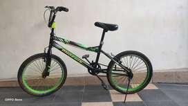 Jual sepeda anak uk 20 nego kondisi apa adanya