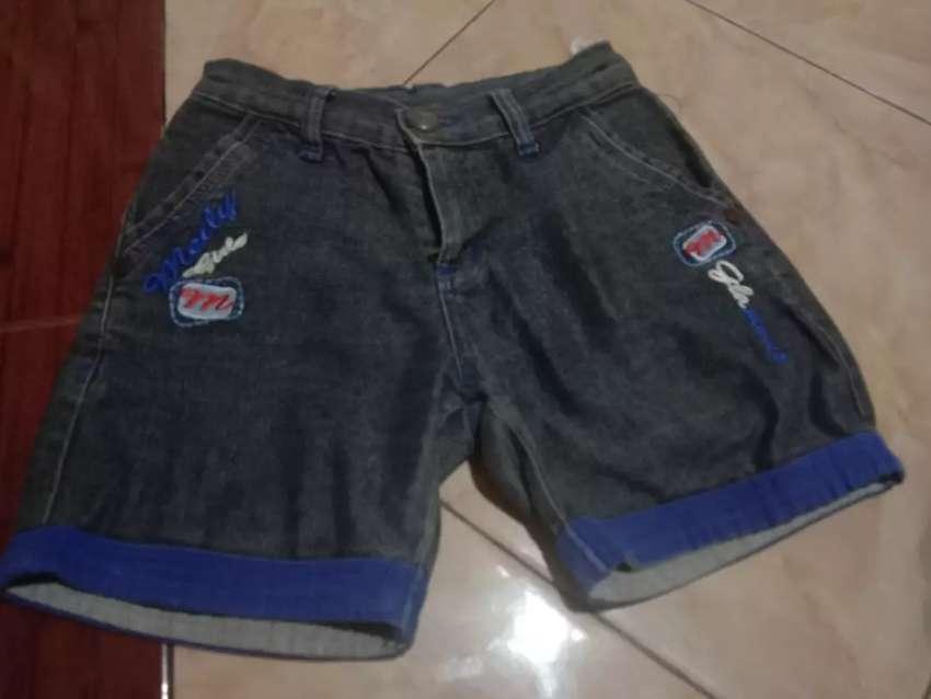 Celana pendek anal perempuan umur 5 -8 yahun 0