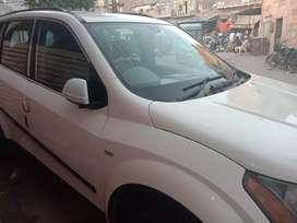 Mahindra xuv500 diesel 80000Kms 2012 year