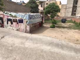 1 kanal plote for rent in johar town Q Block hoot locrion 150 ft Road