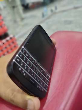 Brand new black berry Q 10 orignal 10/10 pta approved