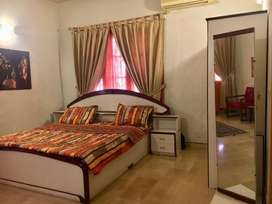 FURNISHED ROOMS RENT ONLY FOR GIRLS WORKING WOMEN