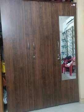 3 door wardrobe/almirah with mirror