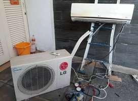 Service AC bongkar pasang AC, perbaikan AC, isi freon nambah/full