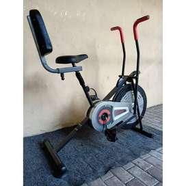 Platinum Bike + SANDARAN FC 788N Hitam Sepeda statis fitness olahraga