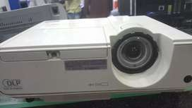 MITSUBISHI XD221u-ST Projector  shortthrow fish eye lense