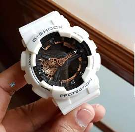 G shock sports watch with auto light