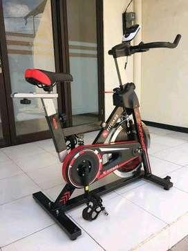 Sepeda Statis Spinning Bike Life Sports // Kamis Gym 09.31