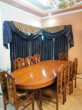 8 Chairs Wooden Dinning Table