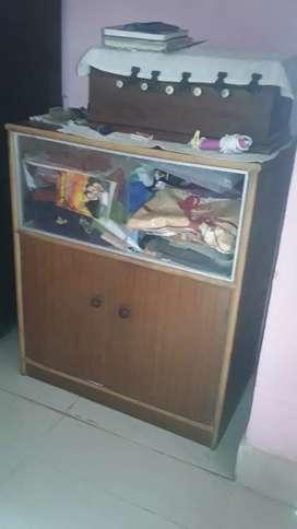 Good condition showcase