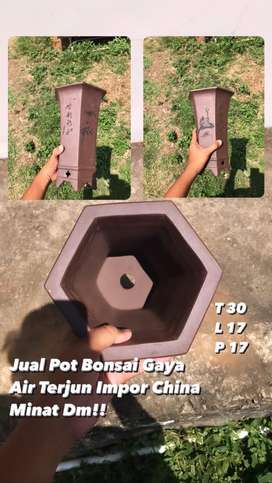 Pot Bonsai Keramik gaya air terjun
