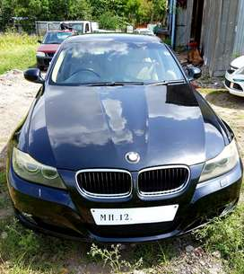 BMW 320d high line having sunroof. Servicing done just before 15days