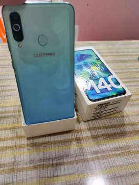 Samsung M40(6/128GB) 1 Month Old..