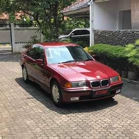 1997 BMW E36 318i