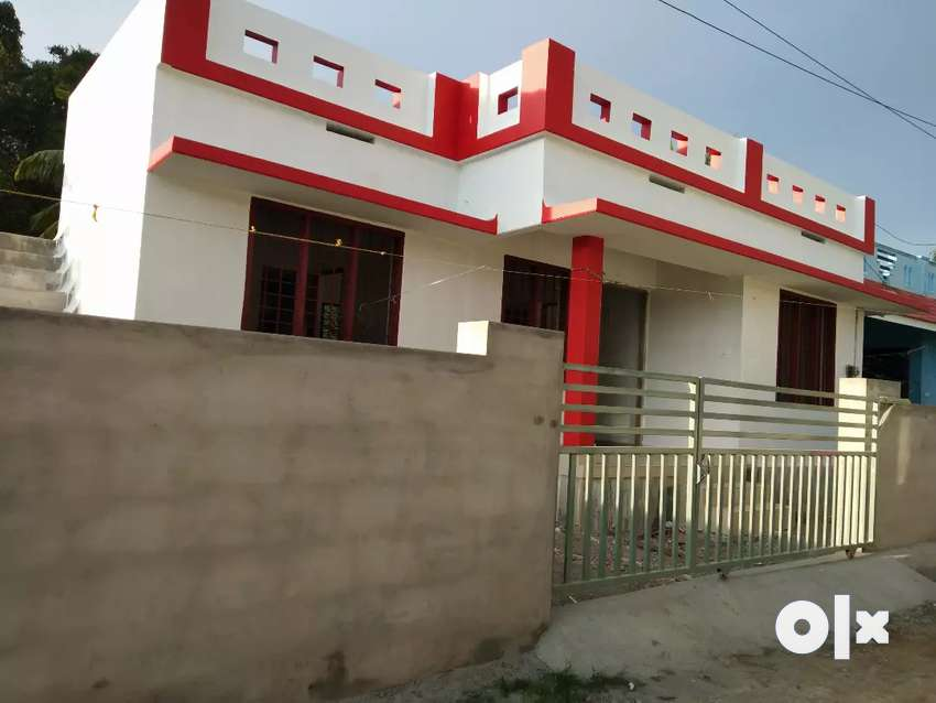 2 bhk 750 sqft 3 cent new build house at edapally varapuzha neerikkod 0
