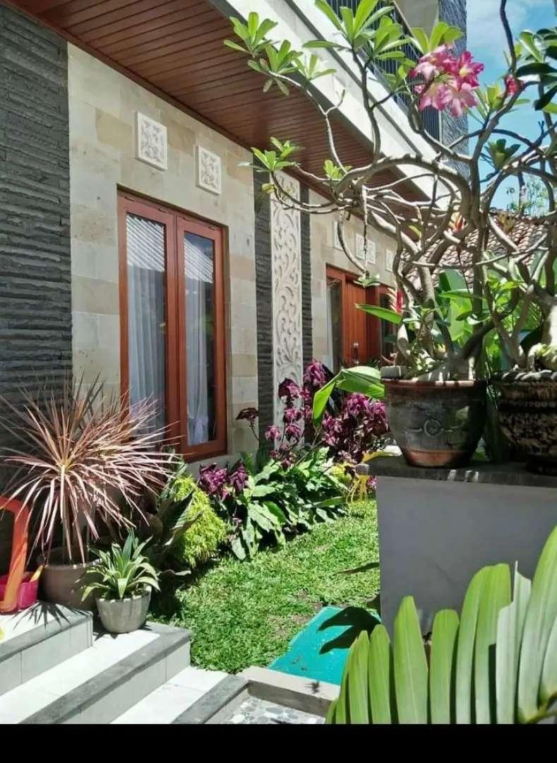 Disewakan rumah cantik 2lantai ada garden di sanur 0