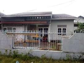 Di kontrakan rumah di daerah sultan adam, lingkungan nyaman