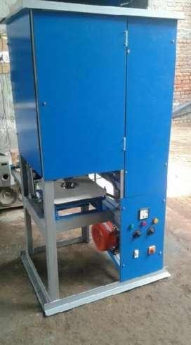 यह डोना बफर प्लेट मेकिंग मशीन है। न्यू मशीन