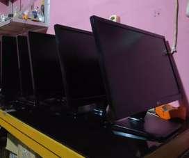 Monitor LG 22 inch LED type 22M37A