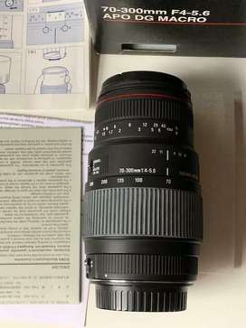 Canon 760D with lens 1year and 5 months used and shatter count 8500.