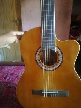 Urgent Sale!!! Branded Pluto Guitar. 4000 fixed price