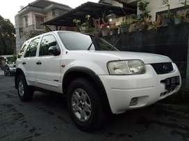 Ford Escape XLT metic 2005 asli Bali