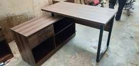 Office furniture.workstetions