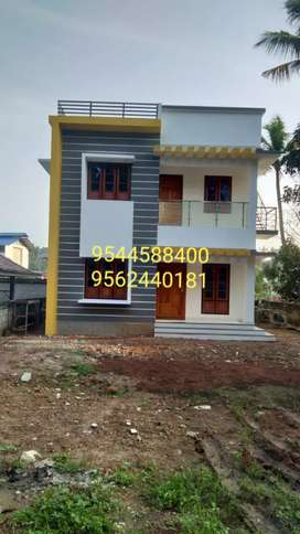 10 cent plot with 1600 sq. ft 3 BHK house in kollam