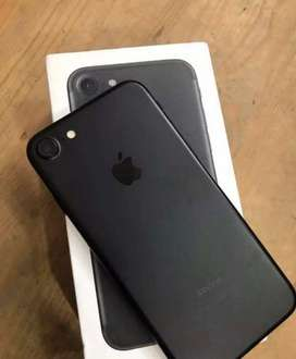 Iphone7 32gb black 13 month old