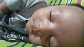 Dicari baby sitter untuk bayi 4 bulan