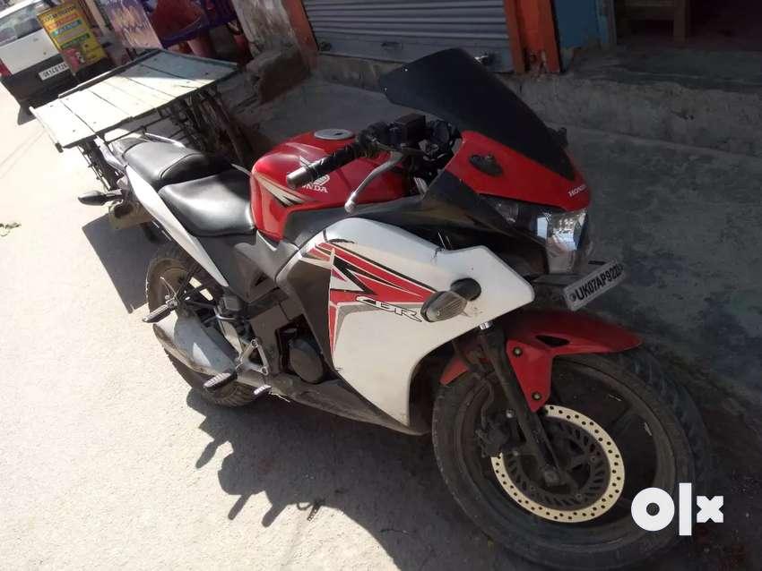 Honda CBR 150 0