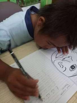 Membuka les private, untuk anak membaca, menulis dan menghitung.