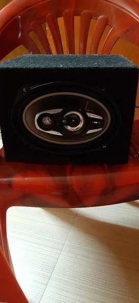 Speaker (jee pass)