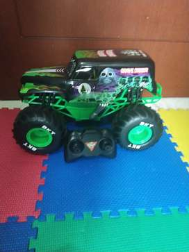 Grave digger(bad to the bone)