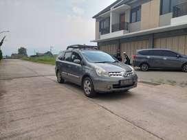 DP MINIM 15JT ! Nissan Grand Livina 2011 XV M/T