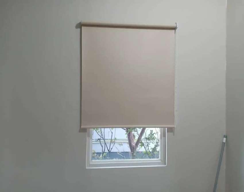 Roller blind tirai jendela kantor/apartemen/rumah kain tebal