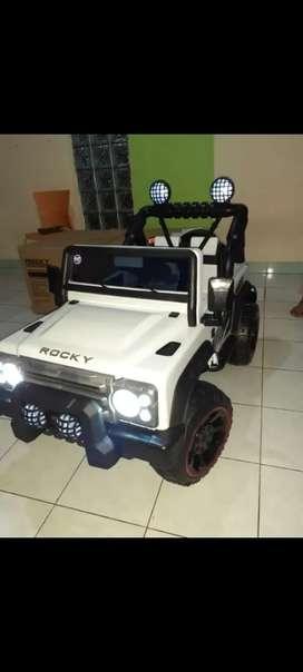 Mobil mainan aki #192