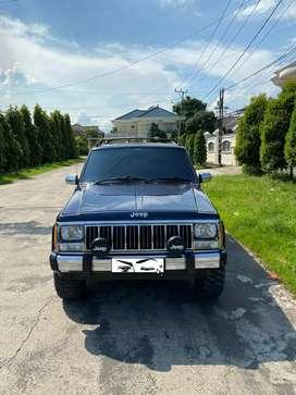 Jeep Grand Cherokee 4.0 L Limited Metic Th 1994 barang Antik