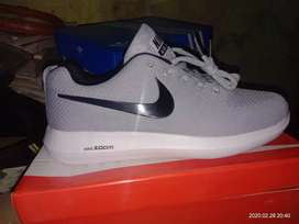 Nike Adidas All Shoe Available only 2000 rupees