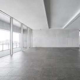 1000 sqft commercial space in 1st floor road facing H b road lalpur