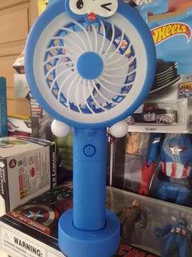 Mini fan + led light, chager usb.